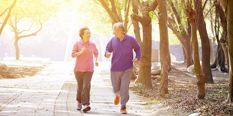 Năm cách để sống hạnh phúc khi về già